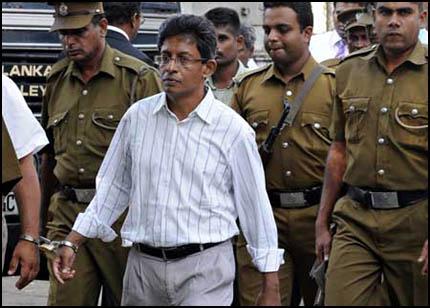 J.S. Tissanayagam (c) AFP PHOTO/Ishara S. KODIKARA